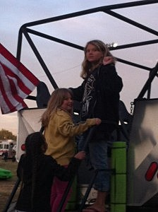 GIRLS ON MONSTER TRUCK 1